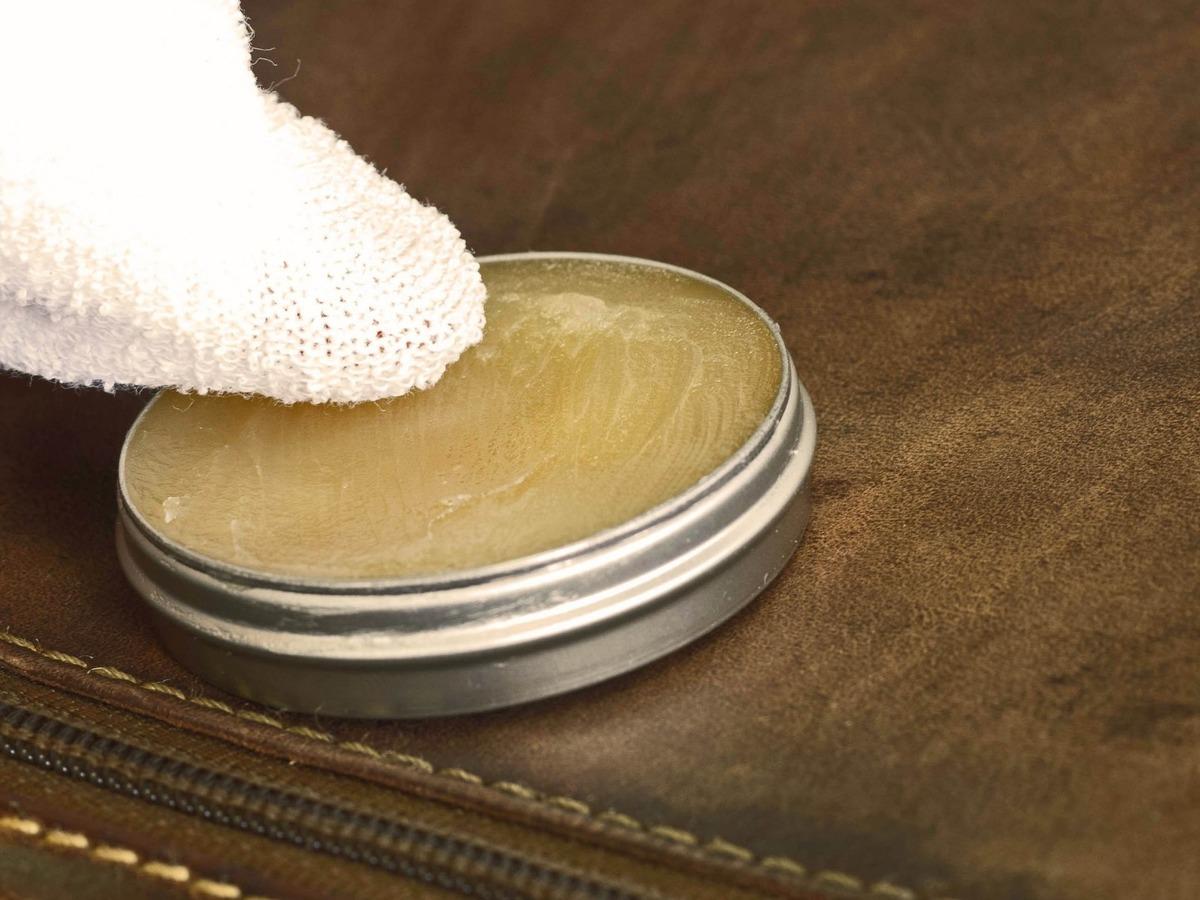 Rénover le cuir plutôt que le remplacer